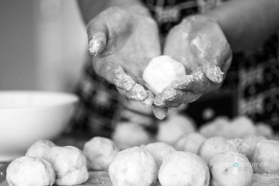Akka - plum dumpling - prep. 2